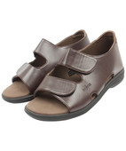 DOQTAR DIABETIC SANDALS BROWN SIZE 9